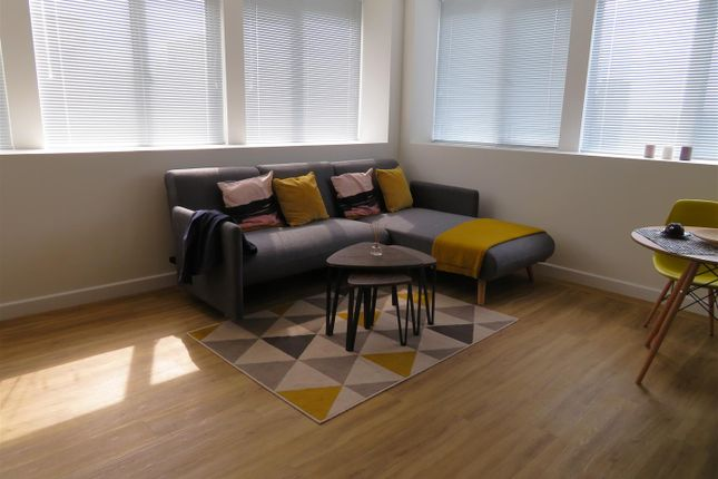 Thumbnail Property to rent in Isambard Brunel Road, Portsmouth