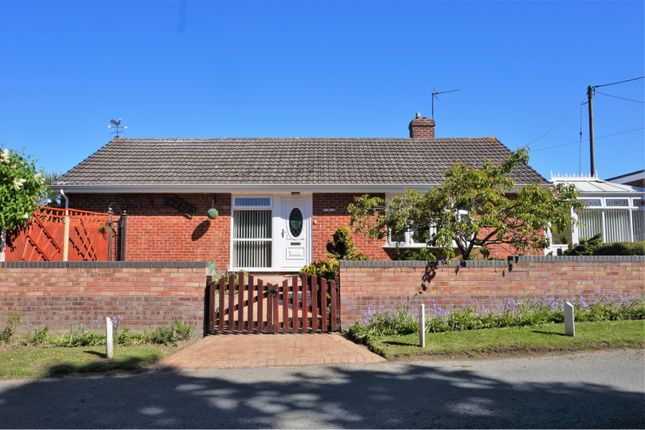 Thumbnail Bungalow for sale in Bomere Heath, Nr. Shrewsbury
