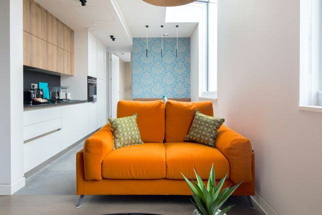 Thumbnail Flat to rent in Bayham Place, London