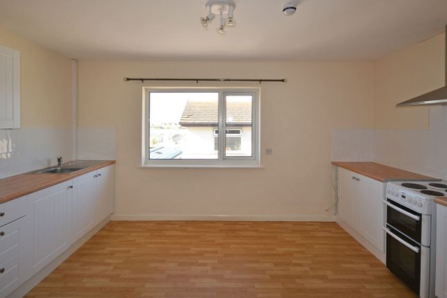 Thumbnail Maisonette to rent in Sandbank Road, Towyn