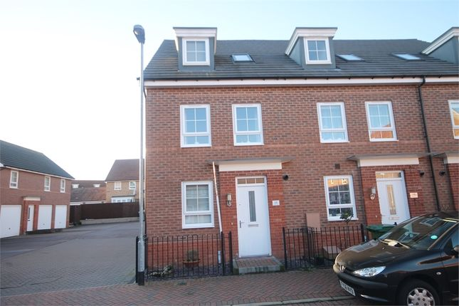 Thumbnail Town house for sale in Townhill Square, Fernwood, Newark, Nottinghamshire.