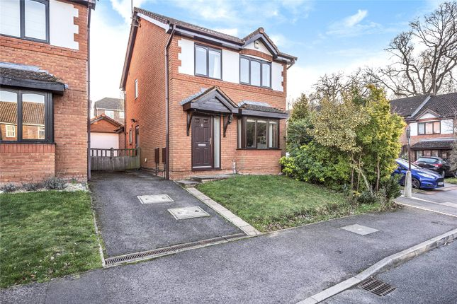 Thumbnail Detached house for sale in Roman Way, Warfield, Berkshire