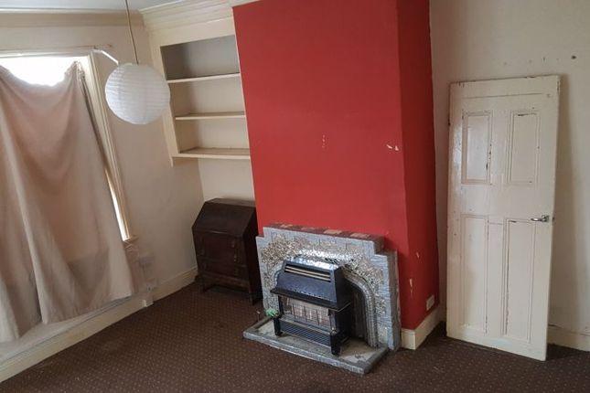 Lounge of Pembroke Street, Bradford BD5