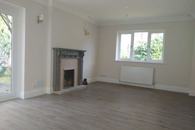 Thumbnail Flat to rent in Forest Edge Drive, Ashley Heath, Ringwood