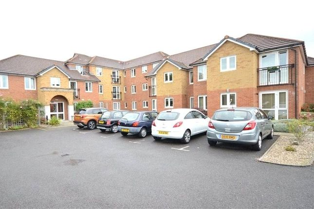 Thumbnail Flat to rent in Yorktown Road, College Town, Sandhurst