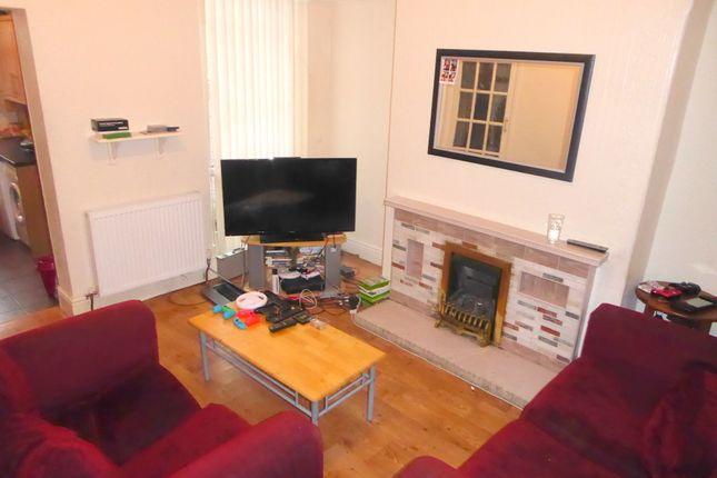 Thumbnail Terraced house to rent in Langley Road, Fallowfield, Manchester