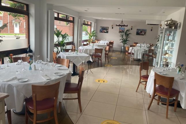 Thumbnail Restaurant/cafe for sale in High Wycombe, High Wycmobe
