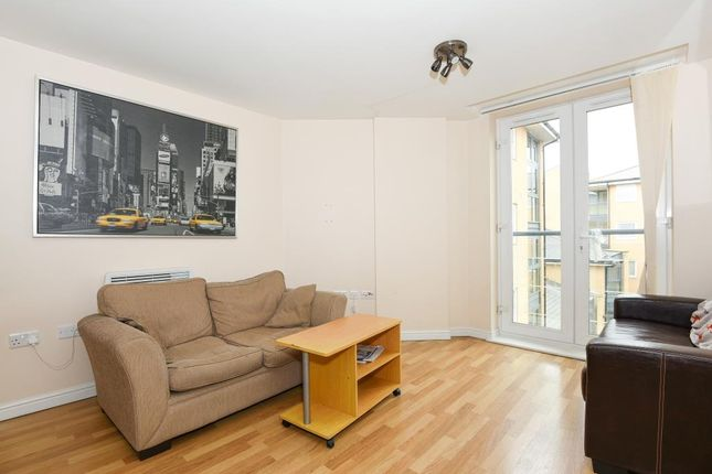 Thumbnail Flat to rent in High Street, Feltham