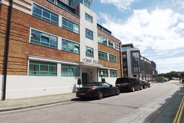 Thumbnail Flat to rent in Broad Street, Portsmouth