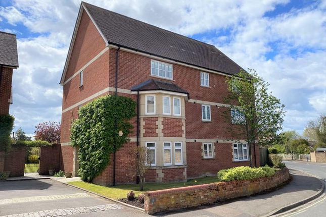 Thumbnail Flat for sale in Bainton Road, Oxford
