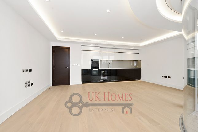 Great 3 Bed Flat For Sale In The Corniche, Albert Embankment, London Gallery