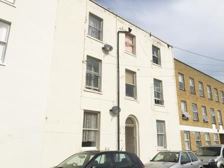 Thumbnail Terraced house for sale in 21 Chapel Place, Ramsgate, Kent