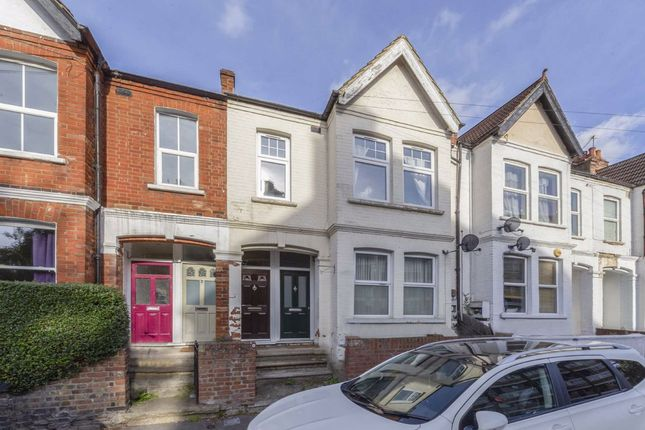 3 bed maisonette for sale in Byegrove Road, Colliers Wood, London SW19
