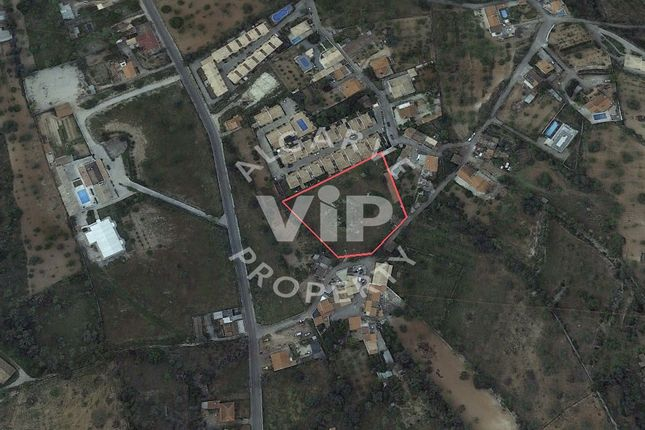 Land for sale in 8200 Paderne, Portugal
