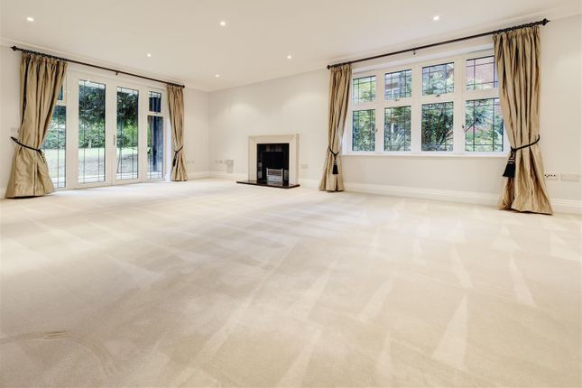 Thumbnail Flat to rent in Beaumont Close, Hampstead Garden Suburb
