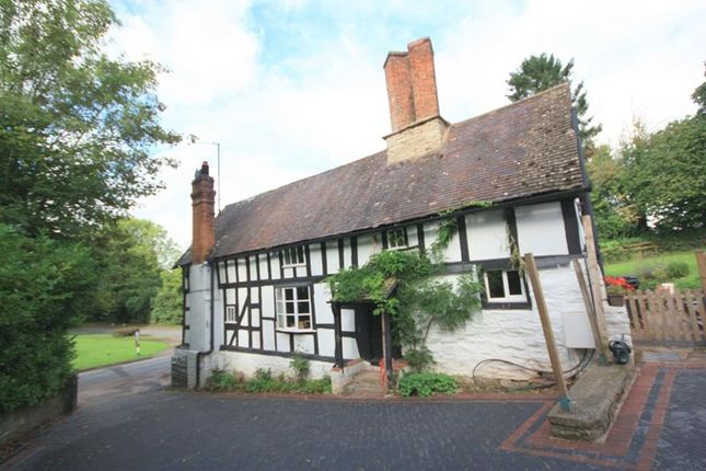 Thumbnail Commercial property for sale in The Post Office, Cradley, Malvern, Herefordshire