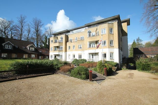 Thumbnail Flat for sale in Audley Willicombe Park, Royal Tunbridge Wells