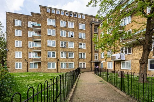 Thumbnail Flat for sale in Middleton Street, London