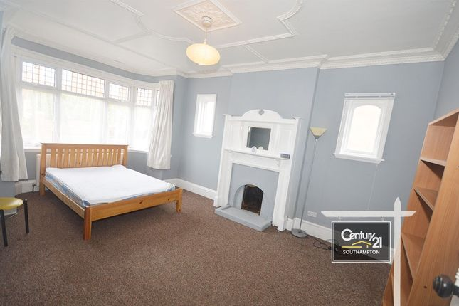 Thumbnail Detached house to rent in  Ref: R153398 , Wilton Avenue, Southampton