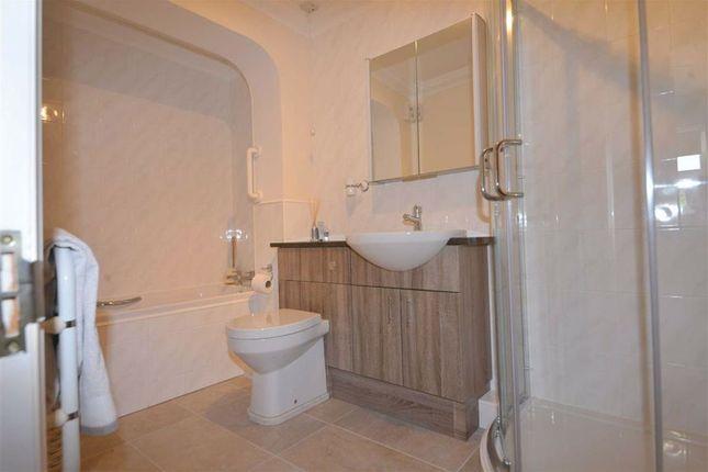 Bathroom of 12, Park Lane Apartments, Tenby, Pembrokshire SA70