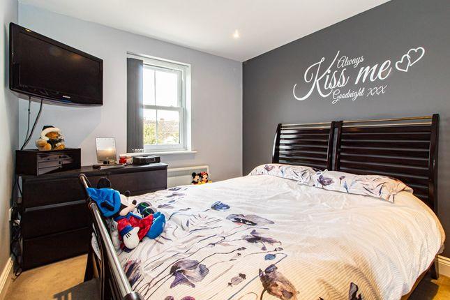 Bedroom of Shakespeare Drive, Westcliff-On-Sea SS0