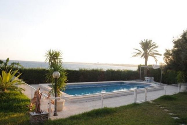 Thumbnail Villa for sale in Punta Prima, Orihuela Costa, Spain