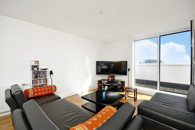 Thumbnail Flat to rent in Velocity Building, Stratford