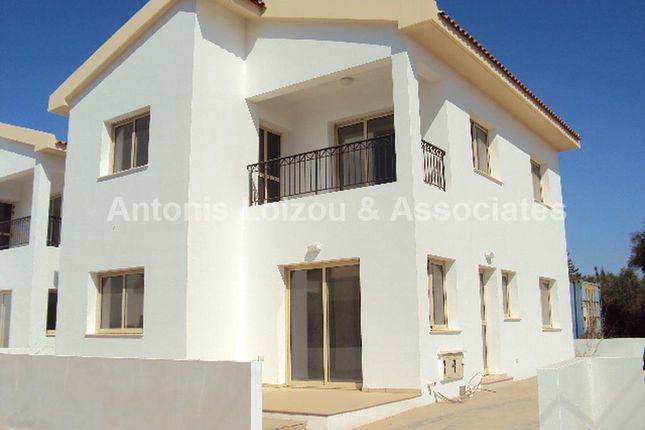 4 bed property for sale in Paralimni, Cyprus