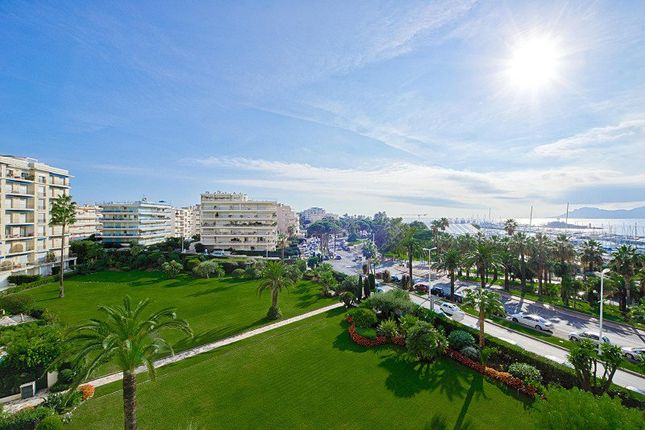 3 bed apartment for sale in Cannes, Alpes-Maritimes, France