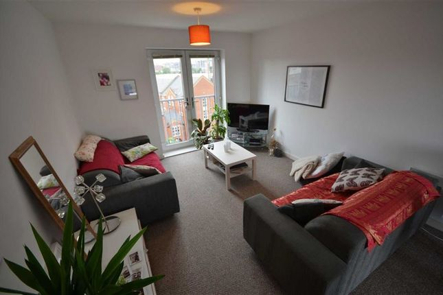3 bed flat for sale in Quantum, 4 Chapeltown Street, Manchester City Centre, Manchester, Greater Manchester
