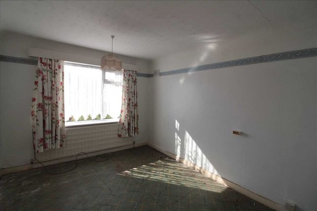 Bedroom1 of Windsor Road, Maghull, Liverpool L31