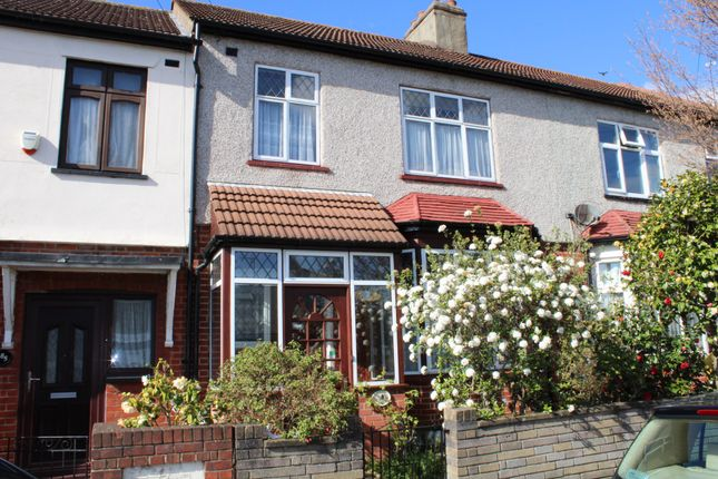 Thumbnail Terraced house for sale in Newbury Park, Ilford, Essex
