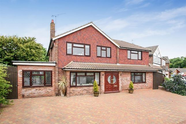 Thumbnail Detached house for sale in Wren Crescent, Bushey