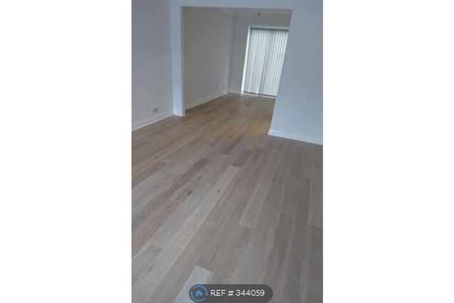 Thumbnail Semi-detached house to rent in Clarence Mews, Horsforth, Leeds