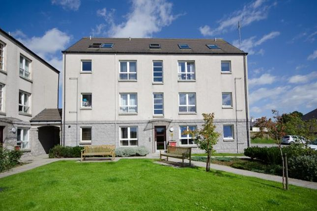 Thumbnail Flat to rent in 105 Brimmond View, Stoneywood, Aberdeen