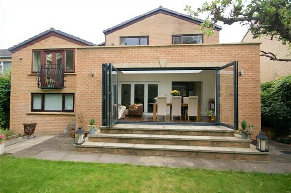 Thumbnail Detached house for sale in Fair View, Off Knowler Hill, Liversedge