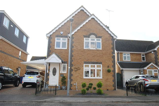 Thumbnail Detached house for sale in Rowan Grove, Aveley, South Ockendon, Essex