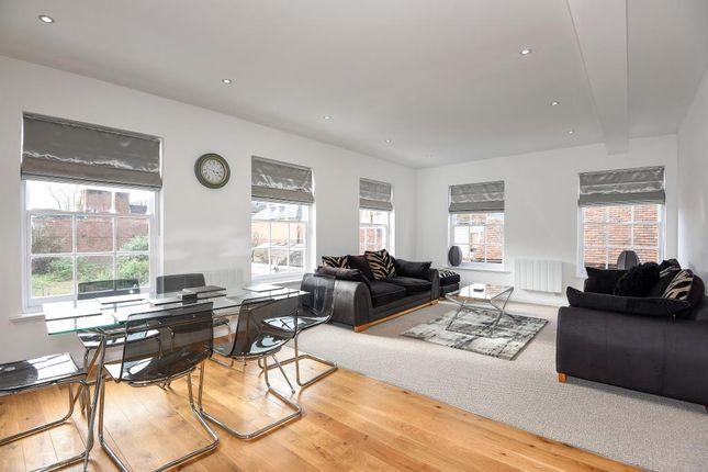 Living Area 1 of Newbury, Berkshire RG14