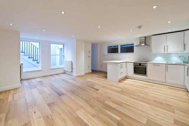 1 bed flat to rent in Masbro Road, Brook Green, London, UK W14