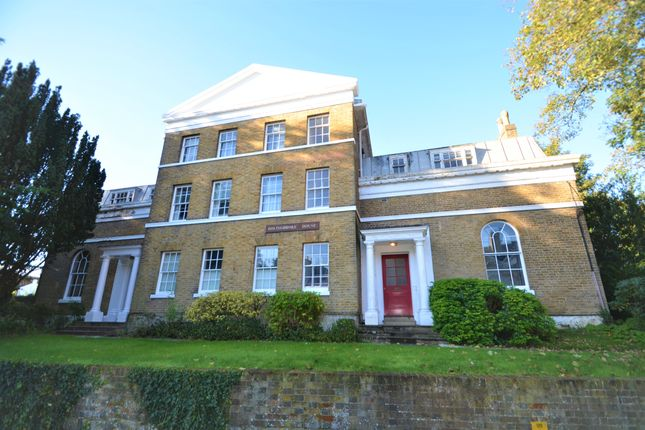 3 bed flat for sale in London Road, Maidstone ME16