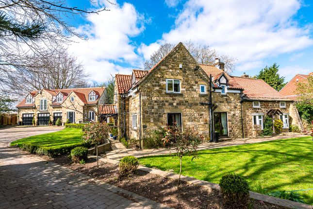 Thumbnail Country house for sale in Wayside Mount, Scarcroft