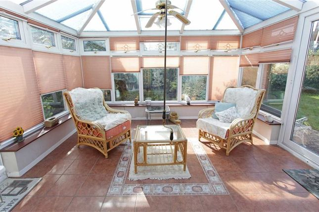 3 Bedroom Bungalow For Sale 45185377 Primelocation