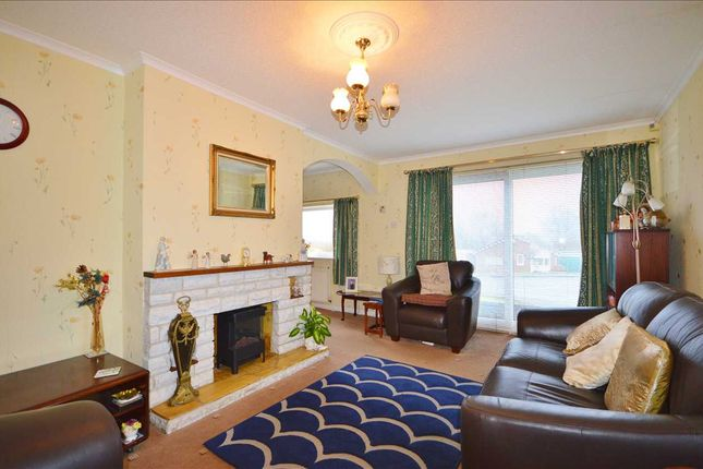 Lounge: of Sutton Grove, Great Knowley, Chorley PR6