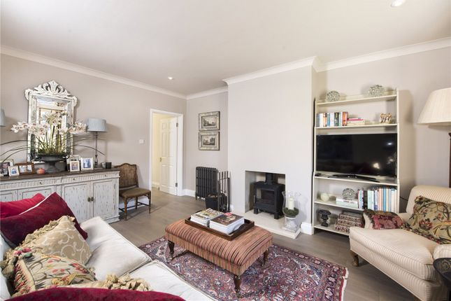 Sitting Room of Manor Court, Chadlington, Chipping Norton, Oxfordshire OX7