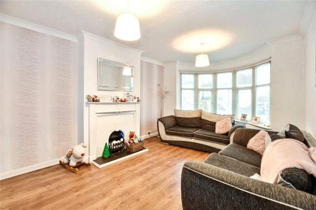 Living Room of Carisbrooke Avenue, Bexley, Kent DA5