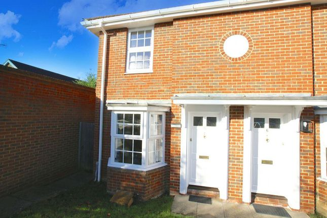 Thumbnail Property to rent in Longcroft Gardens, Welwyn Garden City