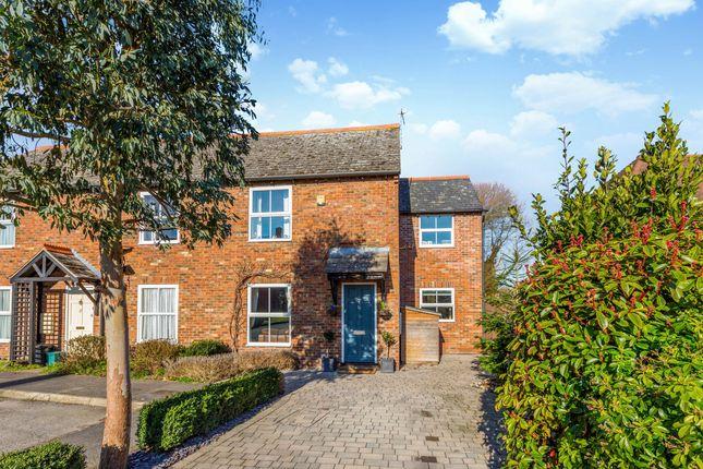 Thumbnail Semi-detached house for sale in Hurdlers Green, Watlington