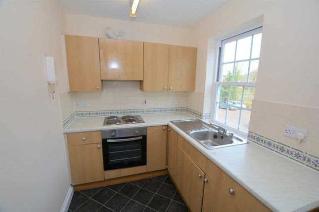 Thumbnail Flat to rent in Nelson Street, Buckingham
