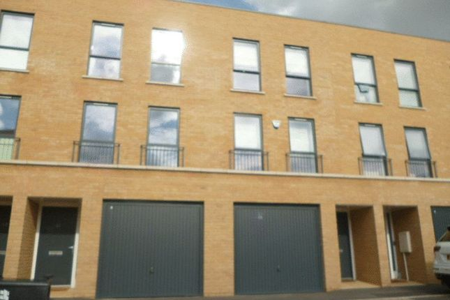 Thumbnail Town house to rent in Studio Way, Borehamwood