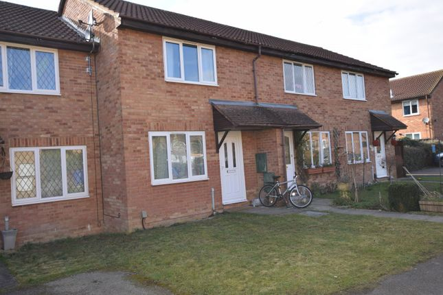 2 bed property to rent in Moor Pond Close, Bicester